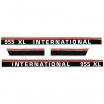 Jeu d'autocollants - noirs - blancs - rouges - McCormick et IHC - 955XL IH - International Harvester - 1